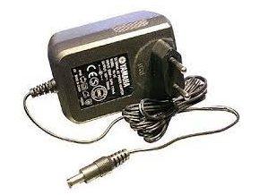 yamaha síťový adaptér napaječ pro klávesy yamaha 12V 700mA