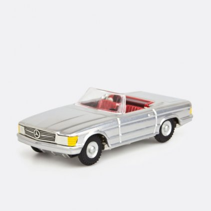 Mercedes Cabrio stříbrný
