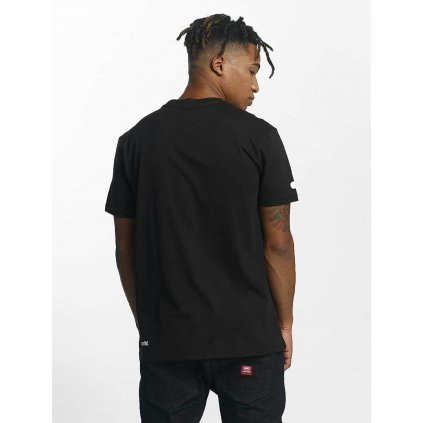 Ecko Unltd. / T-Shirt Base in black