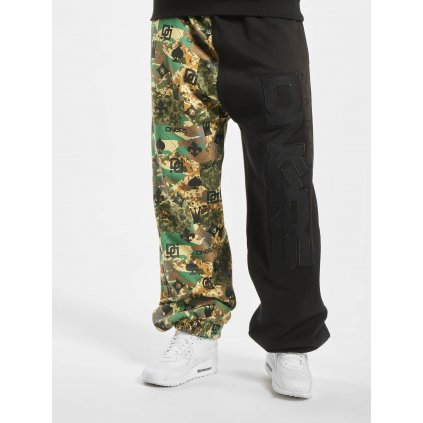 Dangerous DNGRS / Sweat Pant Half Crown & King in camouflage