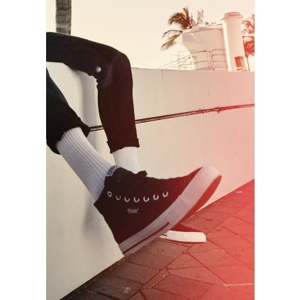 High Top Canvas Sneaker black/white
