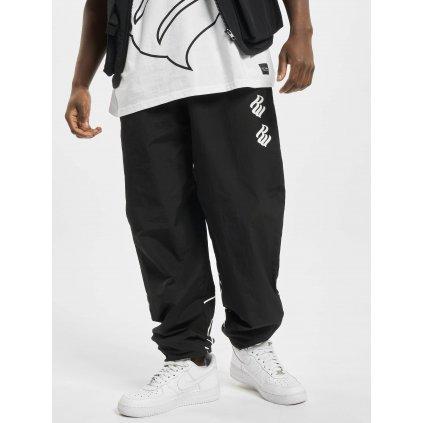 Pánske tepláky  Rocawear / Sweat Pant Woodside in black