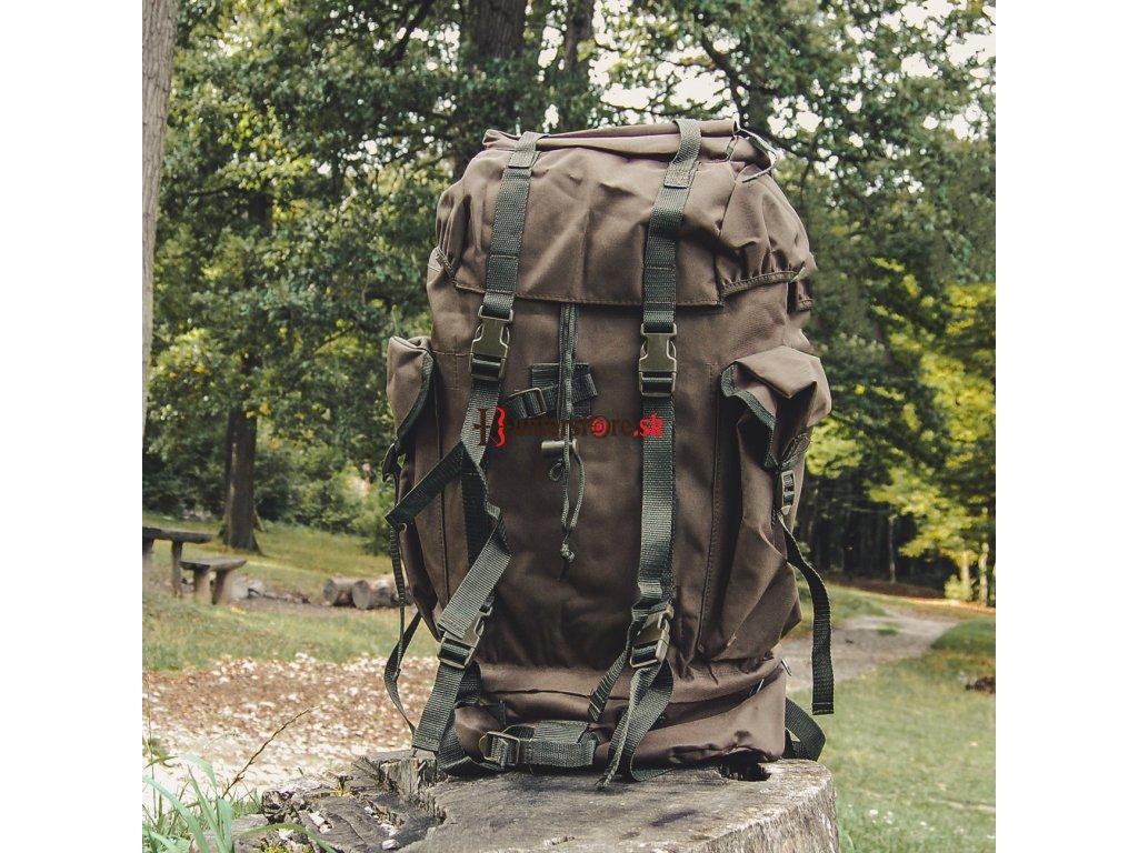 turistický batoh 60l