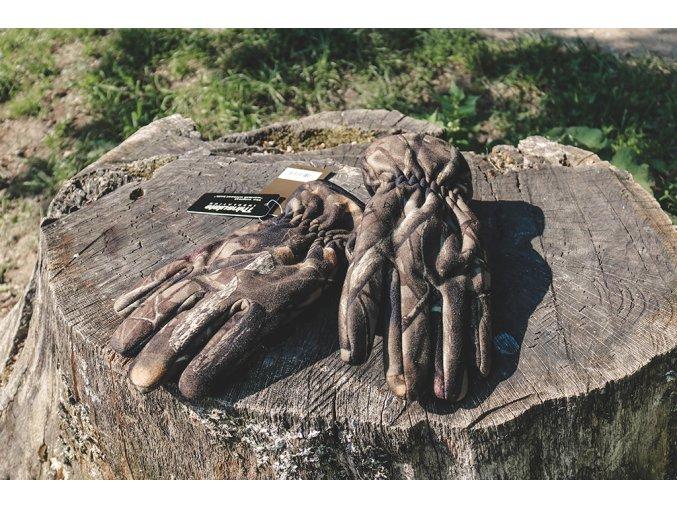 vojenské rukavice