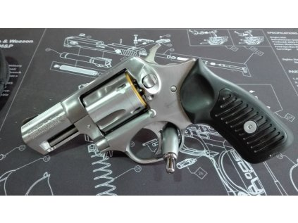 Revolver RUGER SP 101 2.25´´ ráže 9mm