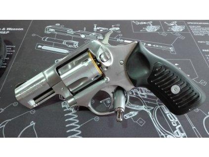 Revolver RUGER SP 101 2.25´´ ráže 9mm