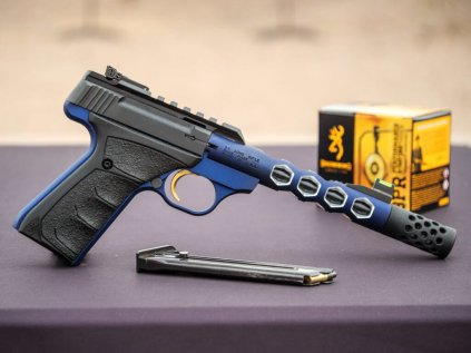 Browning Buck Mark Plus Vision Levi Sim 1 1024x768