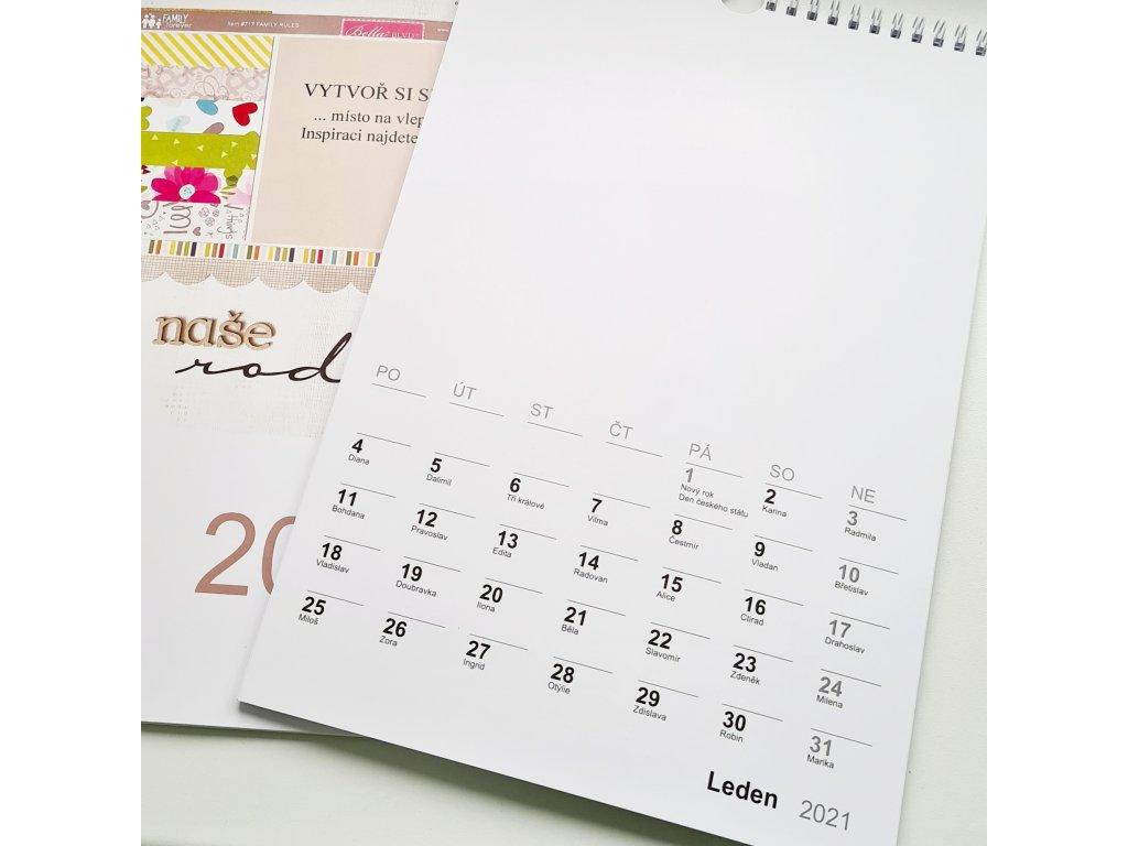 Nástěnný kalendář / bílý / 2021 -  na vlastní fotografie