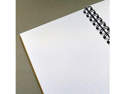 Efco - Blok A4 - na dotvoření / TEČKOVANÉ STRÁNKY