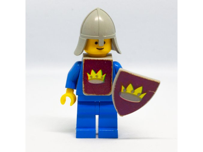 Classic Yellow Castle Knight blue a