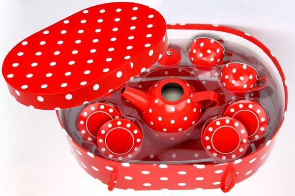 Kovové nádobí pro panenky v krabici
