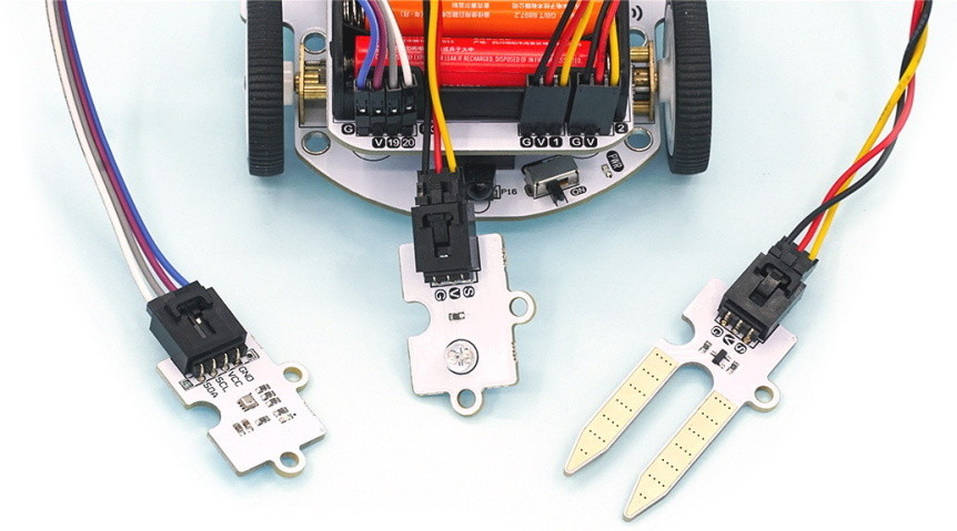 cutebot-microbit-chytre-auto-rozsirujici-moduly