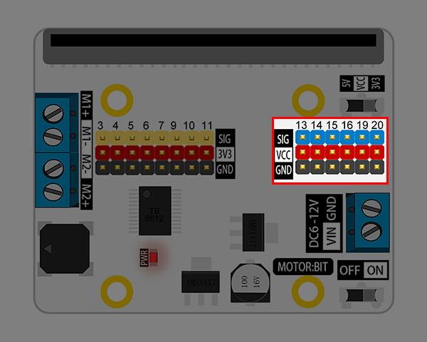 Motor:bit pro micro:bit - rozšiřující modul pro motory - konektor pro zařízení 3,3V nebo 5V