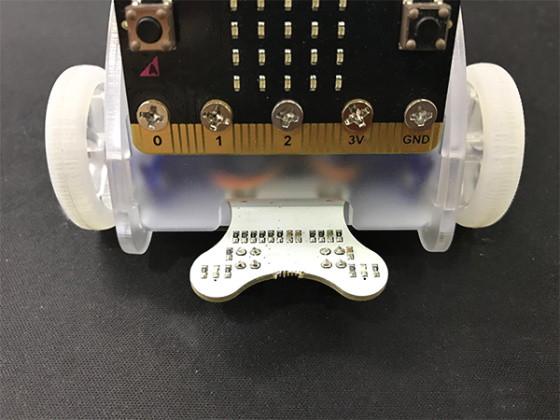 Snímač čáry pro robota Ring:bit V2 - hotová instalace