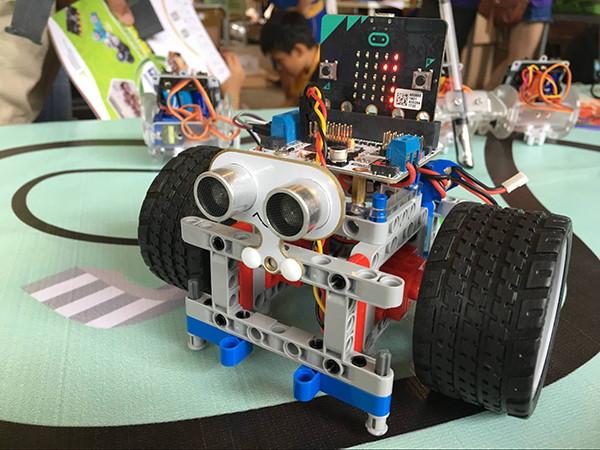 Sonar:bit pro micro:bit - ultrazvukový měřič vzdálenosti 3V/5V v robotovi