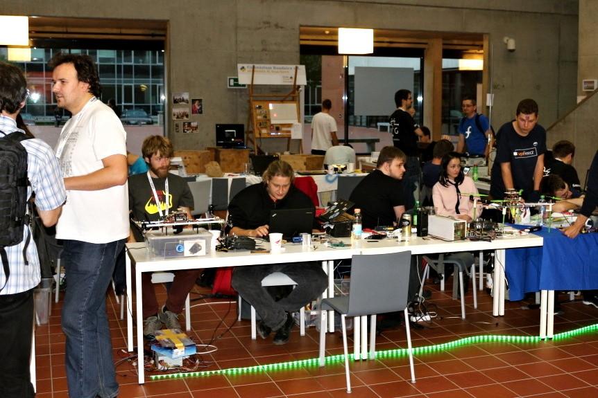 Bastlení na LinuxDays 2017