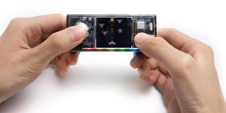 CyberPi Go Kit - IoT mikropočítač pro výuku programování - hra