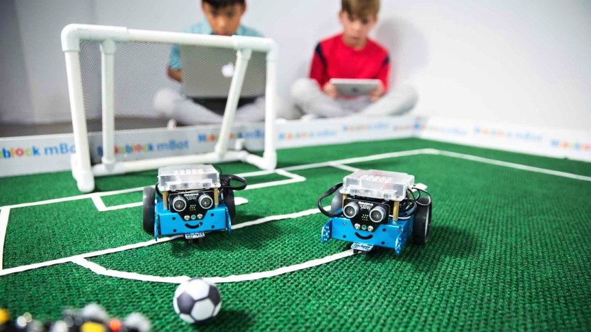 Robotí fotbal s robotem mBot