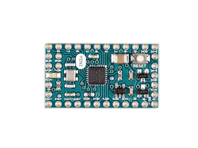 Arduino Mini 05 bez konektorů zvrchu