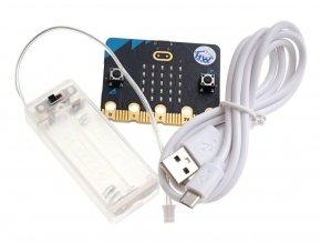 BBC micro:bit V2 s USB kabelem a držákem baterií AAA