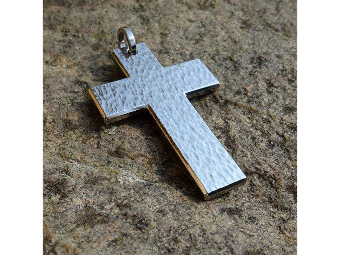 Titanový křížek (L)