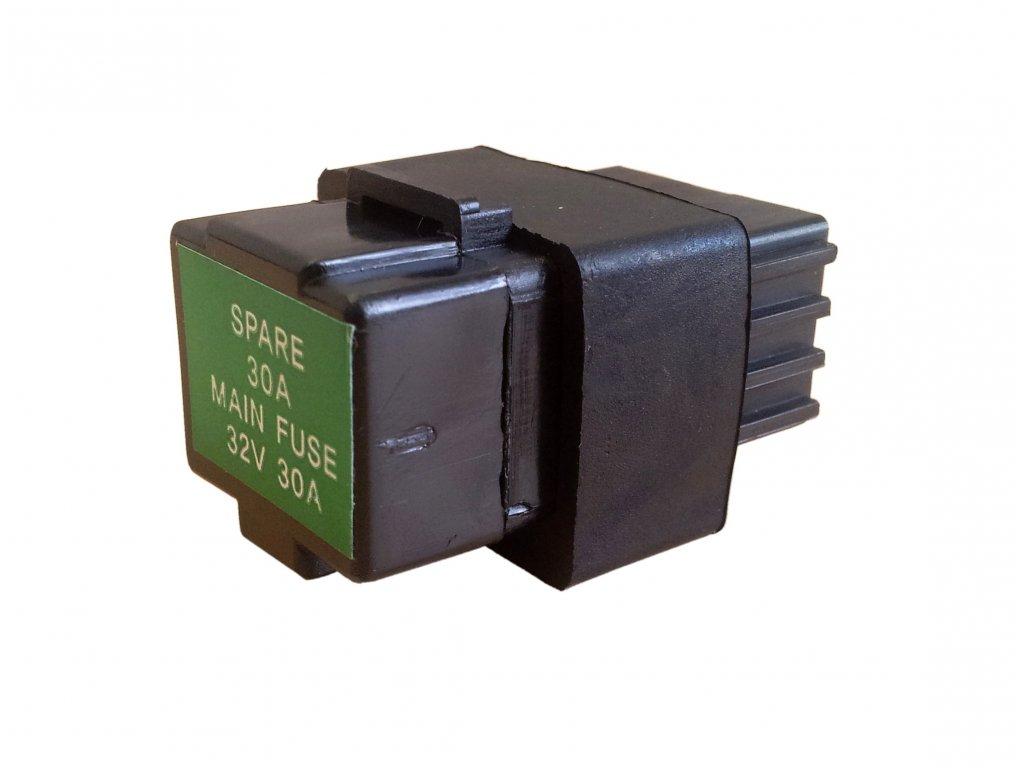 [20] Schránka s pojistkou 12V 30A (elektrické jednotky) - Hyosung GV 650 Fi & LE30