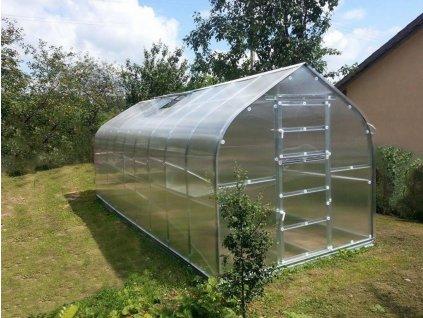 Zahradní skleník z polykarbonátu Gardentec Standard 6 m  + Komplet 3 střešních oken s automatickými otvírači + Sada těsnění + 5 ks spirálových tyčí na rajčata