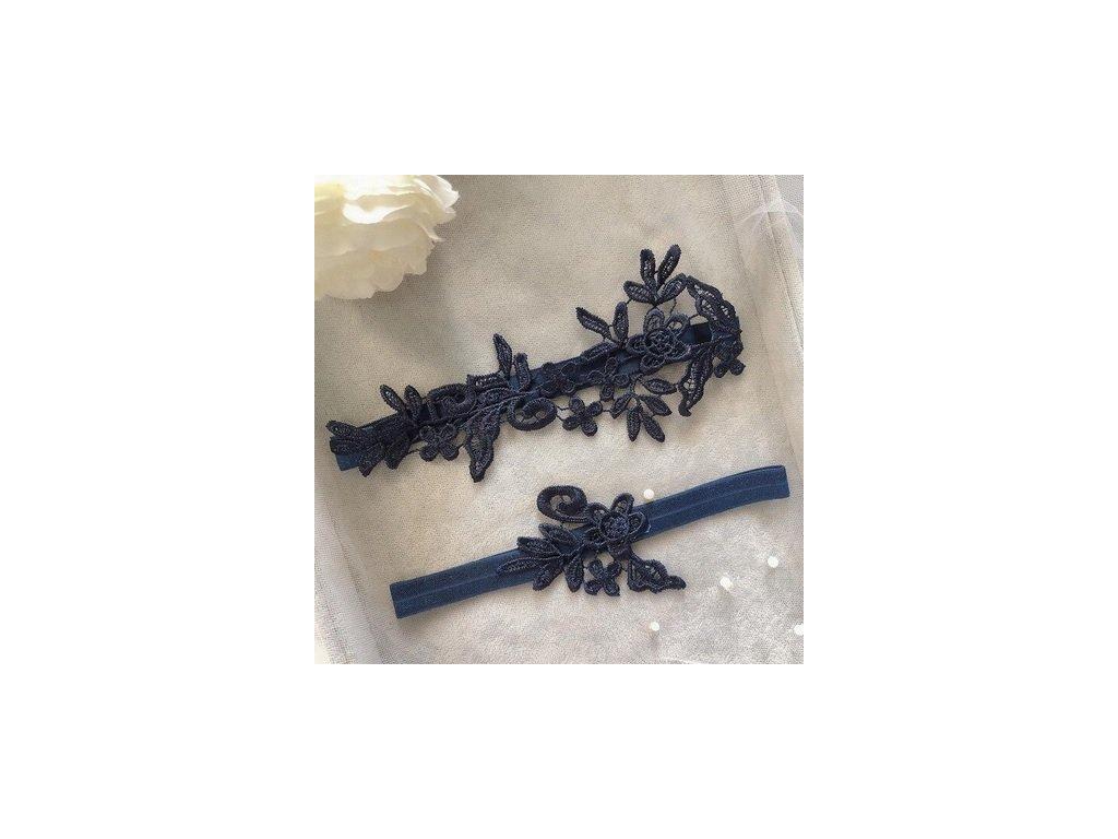 Krajkova kvetinova vysivka tamve modra