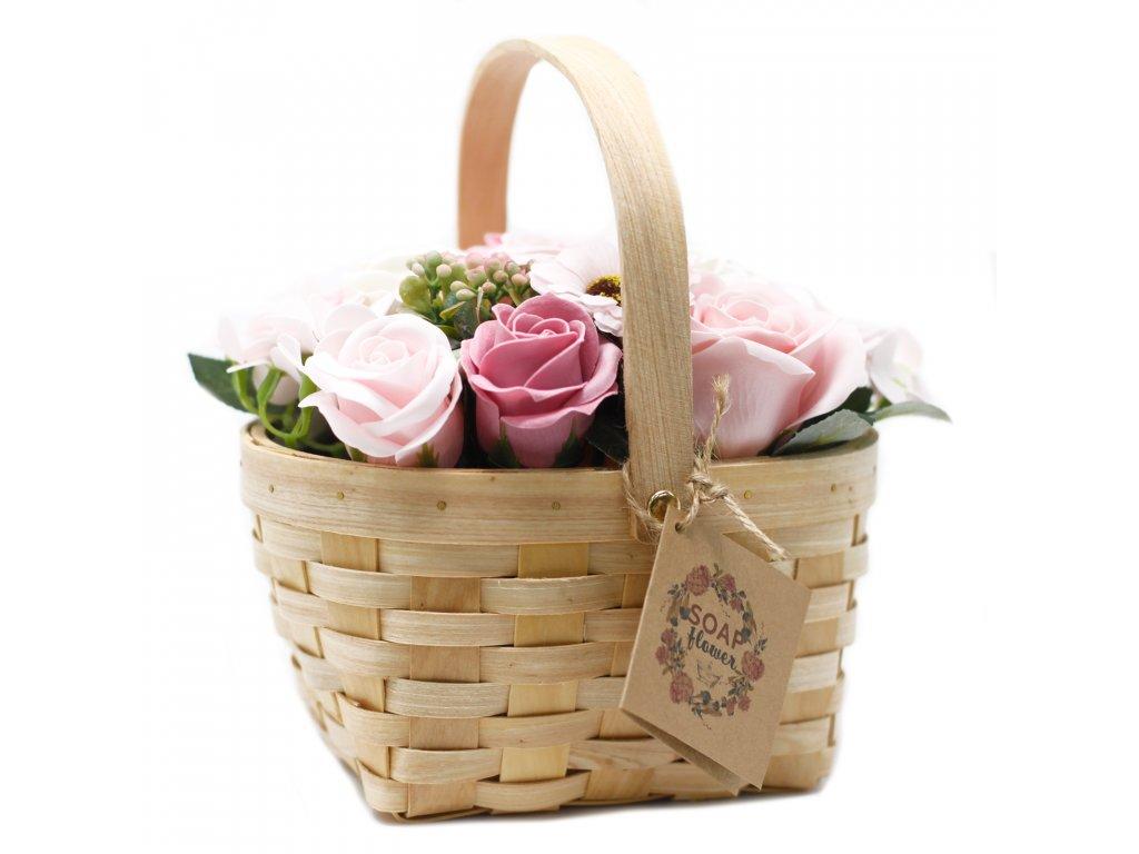 Velká Růžová Kytice v Proutěném Koši