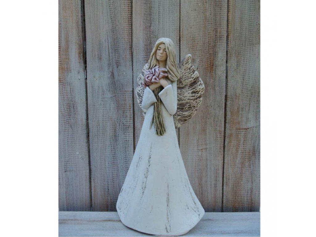 Anděl - víla stojící s kyticí kala 38cm