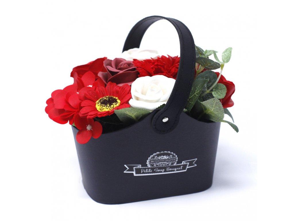 Malá mýdlová kytice v košíku Sytá Červená