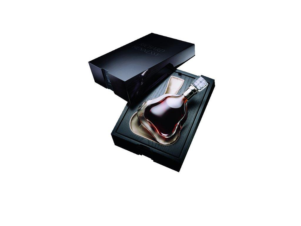 65 richard hennessy 0 7l giftbox cognac