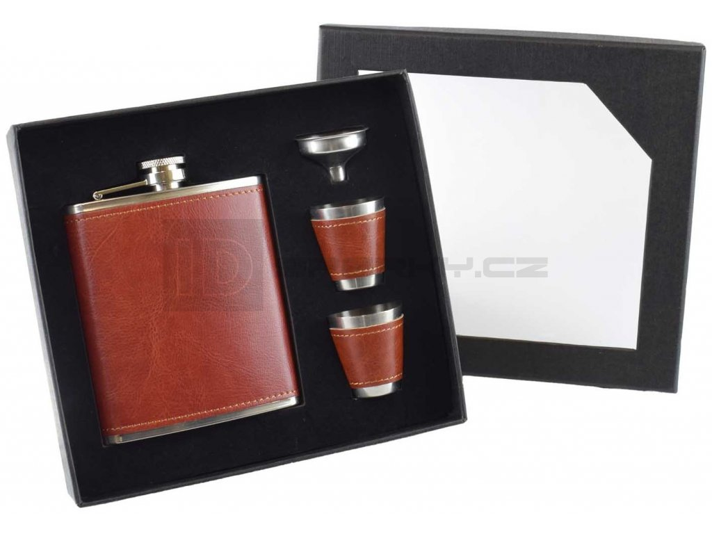 7oz Russet Red Gift Set & cups 2
