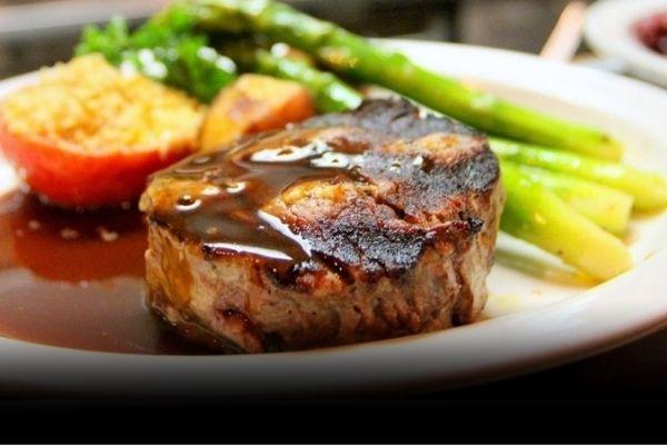 FILET MIGNON STEAK – Král jemných steaků