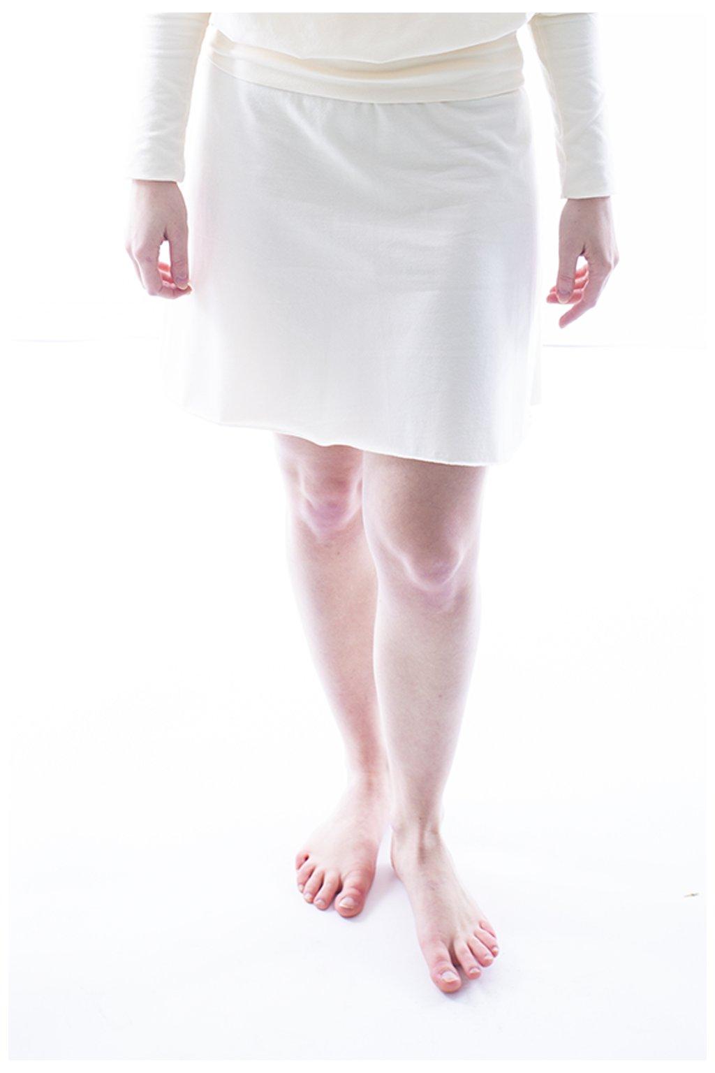 Smetanová áčková sukně