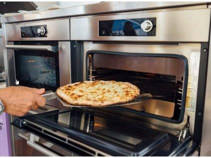 lopatka na pizzu