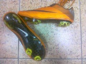 Oprava kopaček - Nike Mercurial Vapor - oprava utrženého rotaxu a výměna za kolík