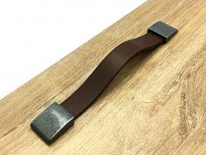 kozena uchytka leather detail 6