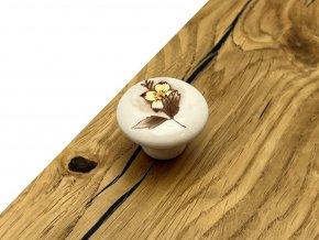 nabytkova porcelanova knopka marita porcelan motiv listek a kvet detail 1