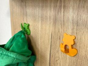 detsky nabytkovy vesak zluto-oranzovy