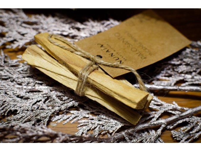 Palo santo dřevo celé - santalové dřevo - vykuřovadlo