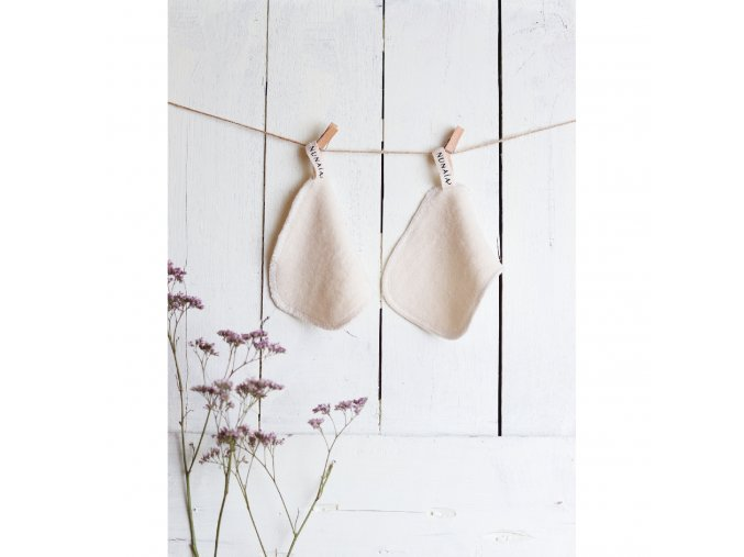 Nunaia Facial Cleansing Ovals hanging to dry 2048x