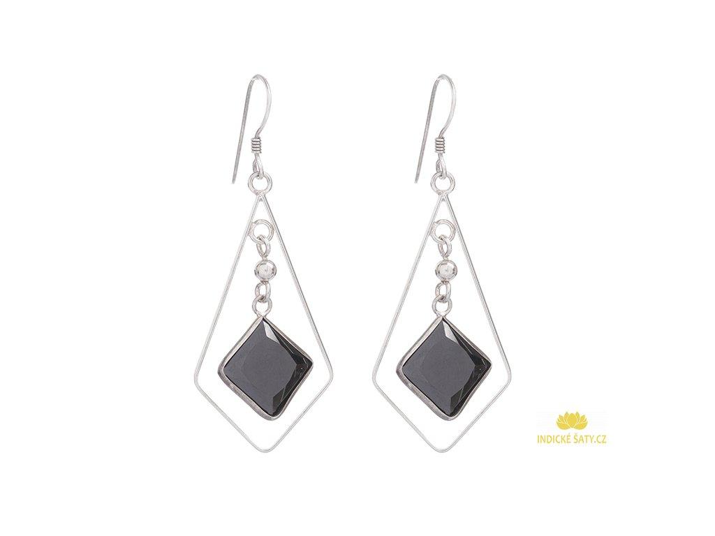 Dlouhé stříbrné náušnice s černými broušenými kameny