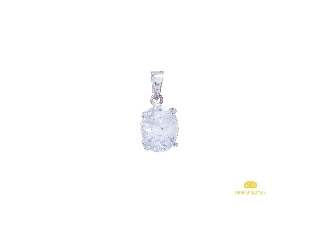Půvabný stříbrný přívěšek se skleněným kamenem. Kombinace stříbra a broušeného skla je staletími prověřená a oblíbená klasika, která nikdy nevyjde z módy.