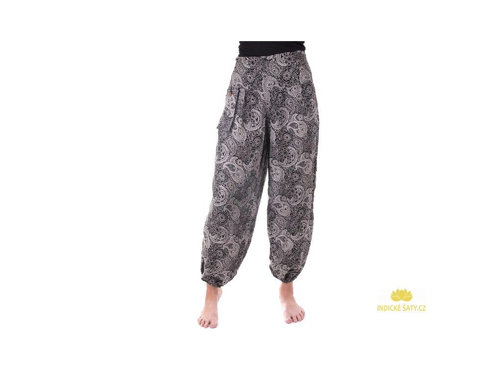 Pohodlné indické kalhoty z viskózy černobílé