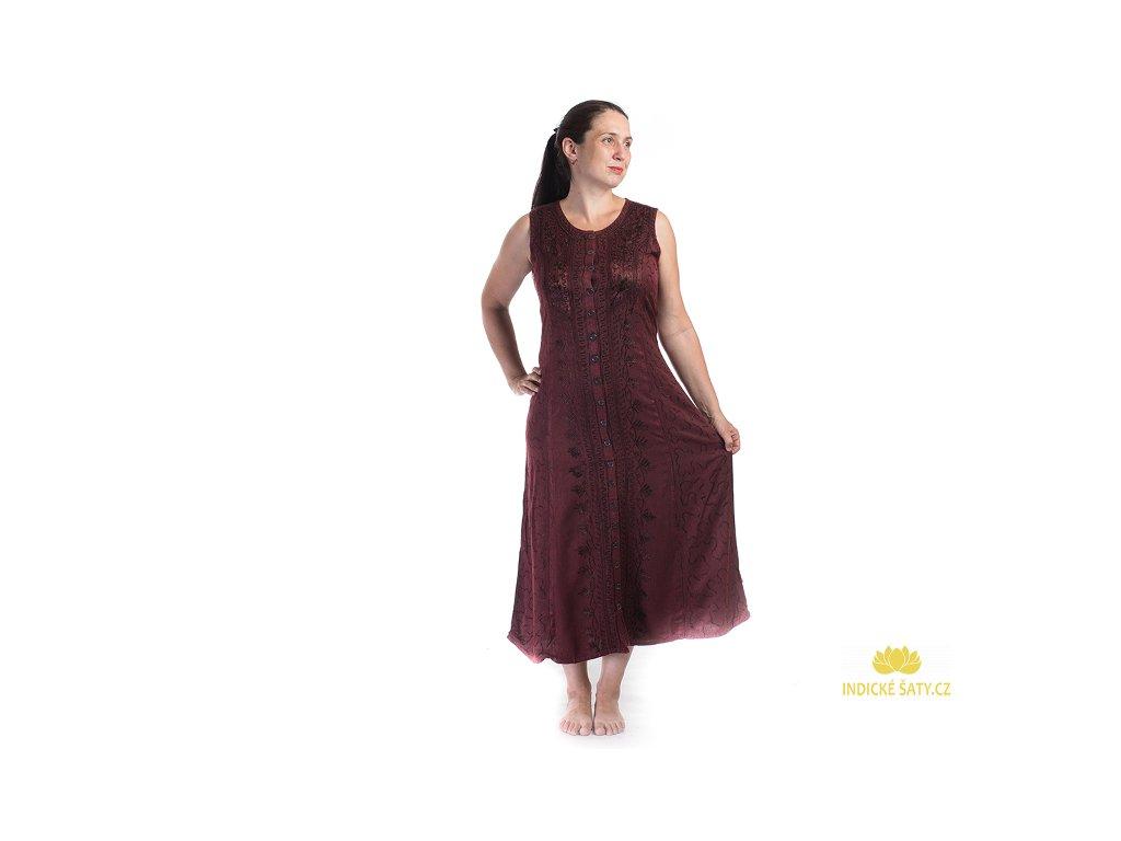 Dlouhé propínací vyšívané šaty vínové