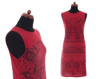 krátké červené šaty z bavlny