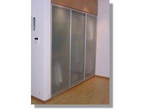 Vestavěná skříň Glass