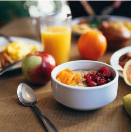 9 tipů na zdravé snídaně, které vám pomohou nastartovat den