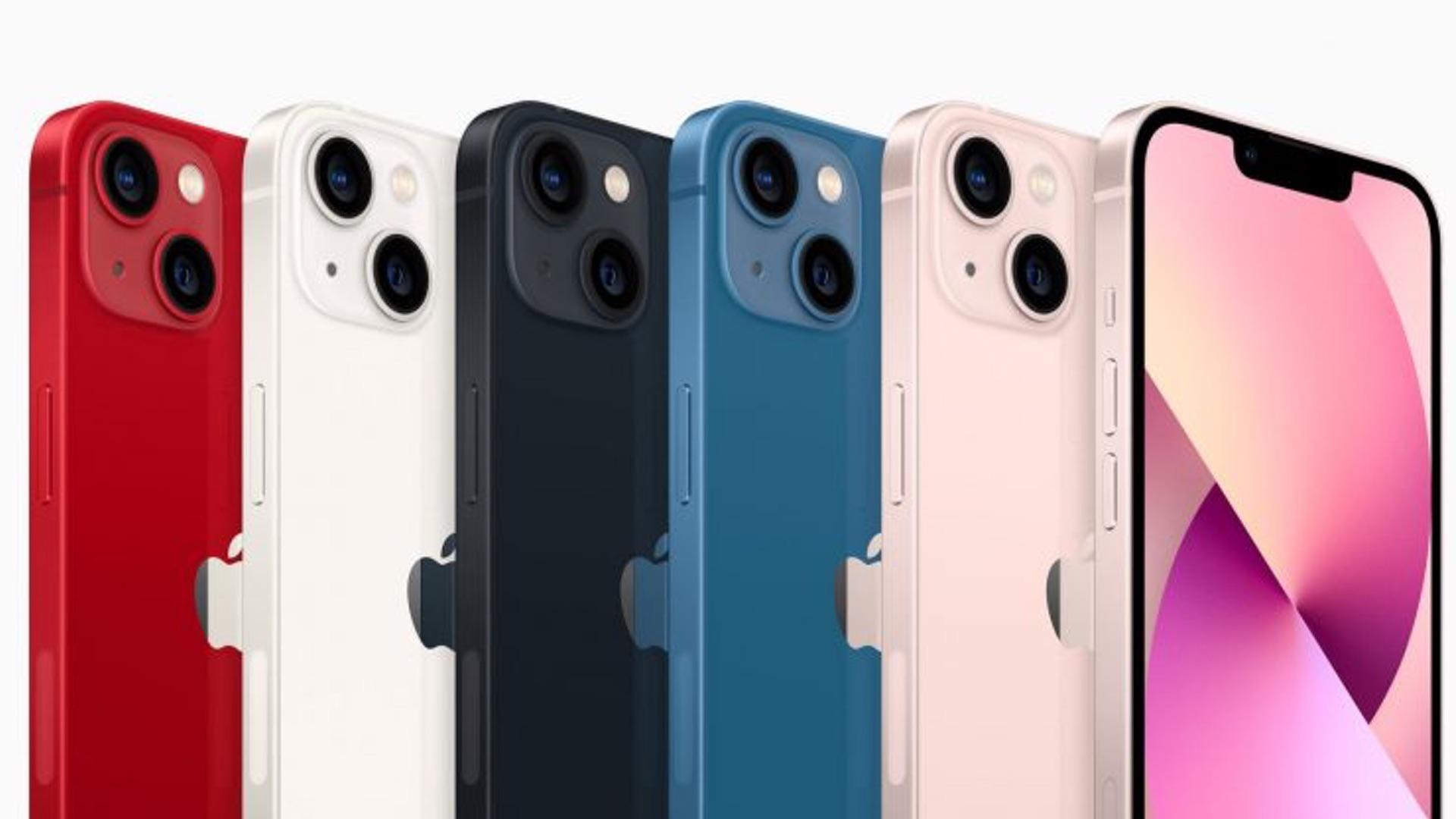 Porovnali jsme výdrž baterie u iPhone 13 s iPhone 12 a 11. Kdo je vítěz?